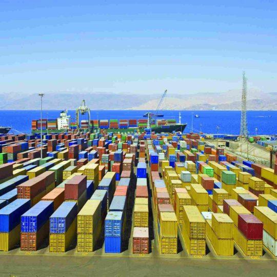 http://bhartiyalogistics.com/wp-content/uploads/2015/09/Harbor-warehouse-1-540x540.jpg