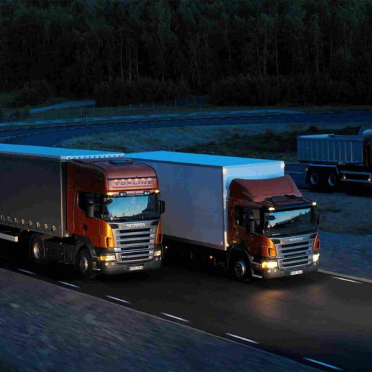 http://bhartiyalogistics.com/wp-content/uploads/2015/09/Three-orange-Scania-trucks-1-540x540.jpg