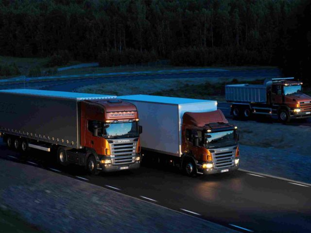 https://bhartiyalogistics.com/wp-content/uploads/2015/09/Three-orange-Scania-trucks-1-640x480.jpg